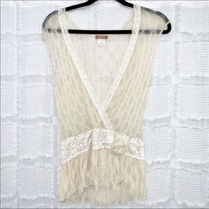 boho cream lace deep V top M